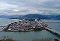 2009年10月頃の唐津城天守から見た虹ノ松原.jpg