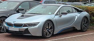 BMW M1 - BMW i8 frontal view (production model)