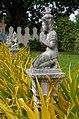 20171124 Posąg Buddy w ogrodzie Pałacu Królewskiego w Phnom Penh 4045 DxO.jpg
