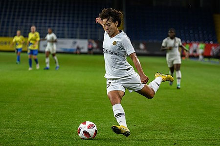 20180912 UEFA Women's Champions League 2019 SKN - PSG Shuang Wang 850 5092.jpg