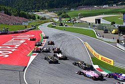 2018 Austrian Grand Prix turn 1 (43147259711).jpg