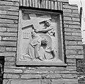 3e kruiswegstatie Jezus valt voor de eerste maal onder het kruis, Bestanddeelnr 254-4419.jpg