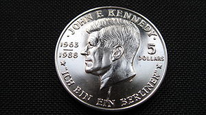 English: Front side of a 5 Dollar Coin of John...