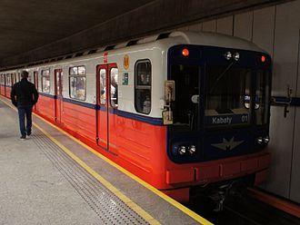 Warsaw Metro - Image: 81 717.3, Politechnika, 2013 10 30