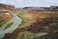 A133, Canyonlands National Park, Utah, USA, Green River from White Rim Road, 2004.jpg