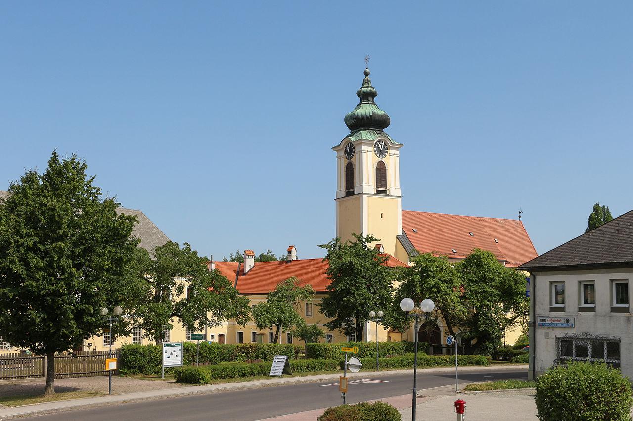 Datei:Pfarrkirchen bei Bad Hall Schloss Feyregg - Wikipedia
