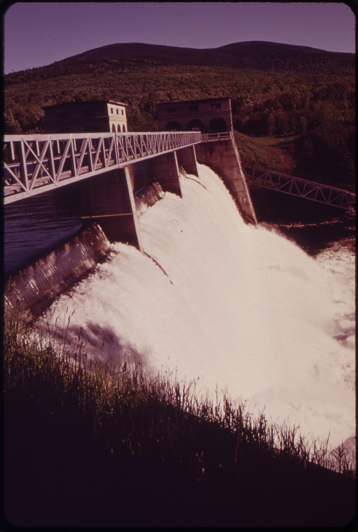 lac aziscohos  u2014 wikip u00e9dia