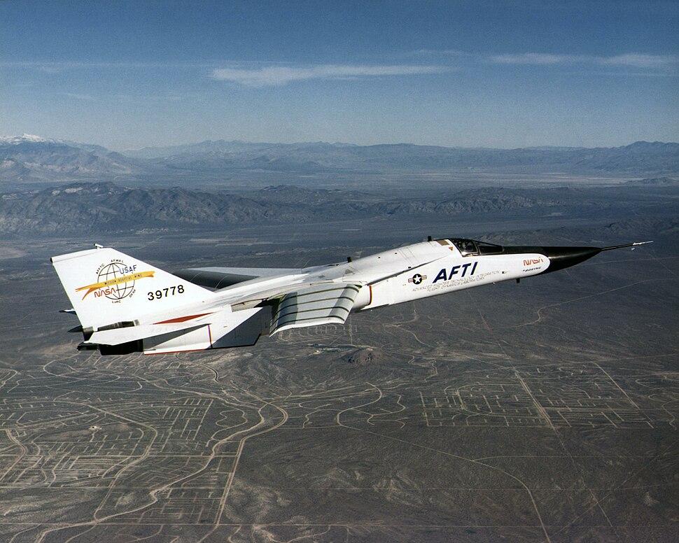Aircraft Fighter Jet F-111 AFTI NASA 0