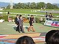 "Aki ""DEATH NOTE"" Higashihara in Kyoto Racecourse (9016627462) (2).jpg"