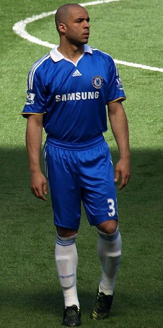 Alex (footballer, born 1982) - Alex playing for Chelsea