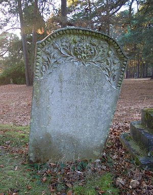 Margaret Raine Hunt - Hunt's grave in Brookwood Cemetery