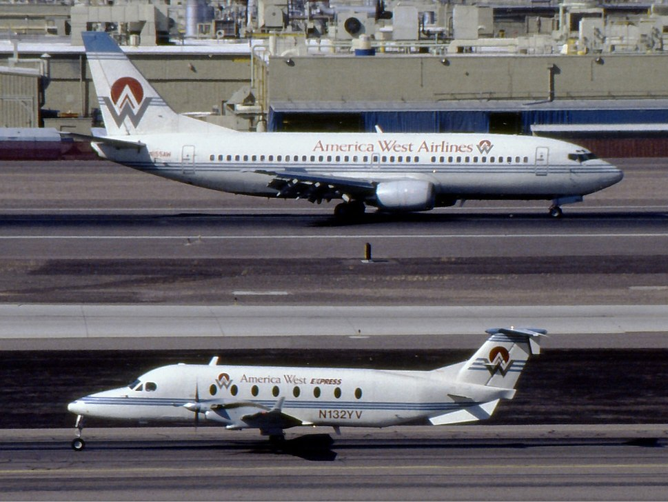 America West Airlines Boeing 737-300 and America West Express Beech 1900 Kennaugh