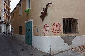 Catalan independence referendum, 2017 - Anti-independence graffiti in Badalona