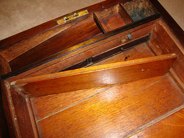 File Antique Lap Desk With Hidden Compartment Jpg
