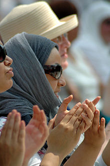 Arabic arts festival applause.jpg