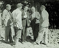 Arhitekt Gaspari daje zadnja navodila gradbenemu odboru 1954.jpg