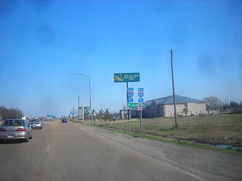 File:Arkansas State Highway 191 Quality Inn.jpg