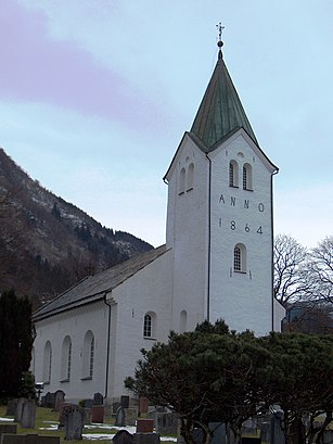 How to get to Arna Kirke with public transit - About the place