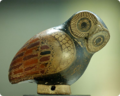 Aryballos owl Louvre CA1737 rounded.png