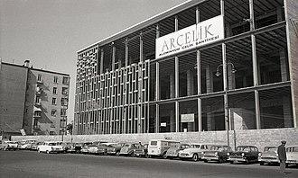 Arçelik - Istanbul Atatürk Cultural Center construction of the aluminium facade, 1960s.