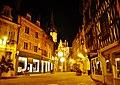 Auxerre Place de l'Hôtel-de-Ville bei Nacht.jpg