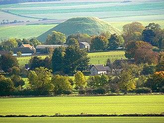 West Kennet Long Barrow - Image: Avebury Trusloe, Avebury geograph.org.uk 1010863