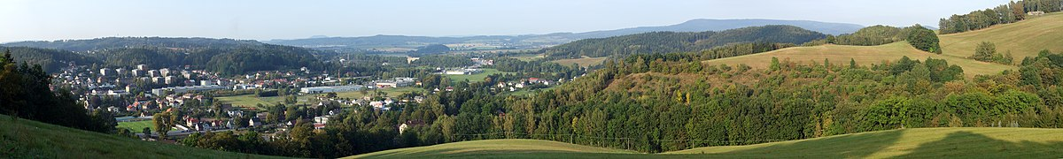 Panorama Bělovse směrem k polské hranici