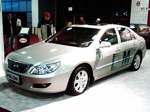 BYD F6DM plug-in hybrid at NAIAS2008.