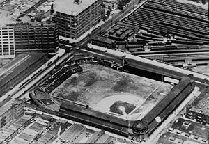 Baker Bowl and Huntingdon Street station, 1928.jpg