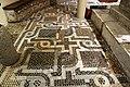 Bari, san nicola, interno, cripta, mosaico pavimentale cosmatesco 01.jpg