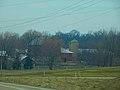 Barn and a Silo - panoramio (13).jpg