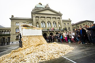 Basic income - Image: Basic Income Performance in Bern, Oct 2013
