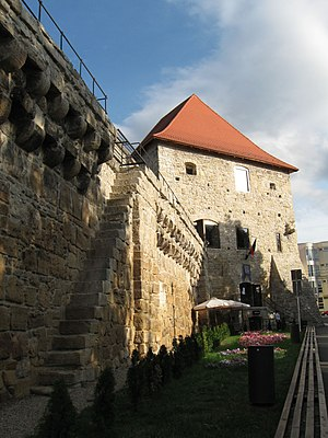 Cluj-Napoca Tailors' Bastion - The tower and the remaining wall