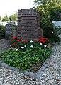 Begraafplaats Hervormde Kerk Noordeloos 01. Oorlogsgraf.jpg