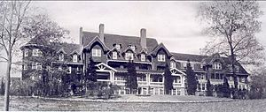 Belle Terre, New York - The Belle Terre Club, an opulent private clubhouse that stood from 1906 to 1934