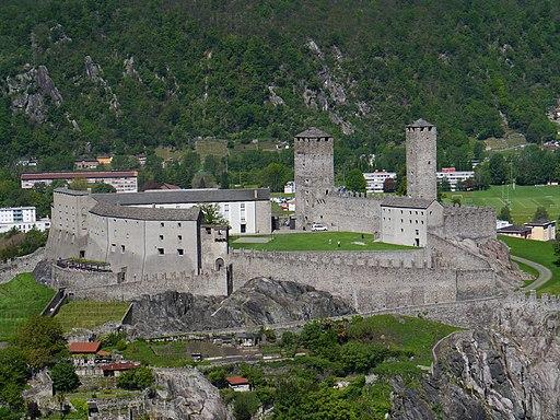 Blick auf Castelgrande in Bellinzona (UNESCO-Welterbe in der Schweiz). Bellinzona Castello Grande 02