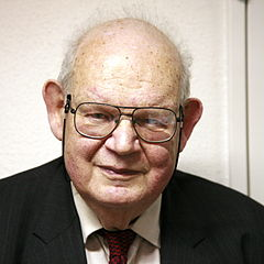 Photo of Benoit Mandelbrot