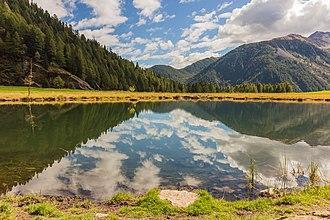 Stelvio National Park - Image: Bergtocht van Peio Paese naar Lago Covel (1,839 m) in het Nationaal park Stelvio (Italië). Lago Covel (1,839 m)