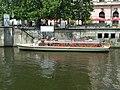 Berlín, Mitte, loď na rameni Sprévy.jpg
