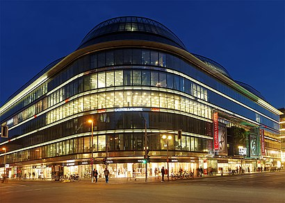 How to get to Galeries Lafayette Berlin, Französische Straße 23 with public transit - About the place