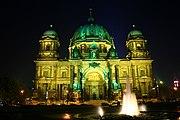 Berlin 180px-Berliner_Dom_Festival_of_Lights
