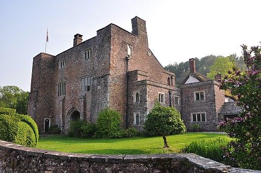 Bickleigh - Bickleigh Castle Gatehouse (geograph 2965998)