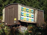 Bienenwagen im Wald
