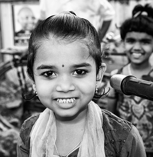 File:Bindi child.jpg
