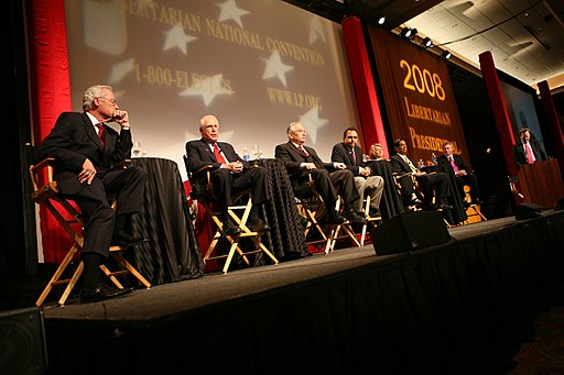 Mike Gravel was to Bob Barr's left in more ways than one at the Libertarian National Convention in 2008. Photo released by Bob Barr under the Creative Commons Attribution 2.0 Generic license.