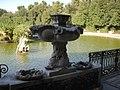 Boboli, isolotto, fontane delle arpie 01.JPG