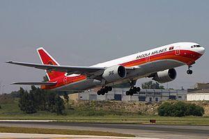 TAAG Angola Airlines - Image: Boeing 777 2M2(ER), TAAG Linhas Aereas de Angola JP5985629