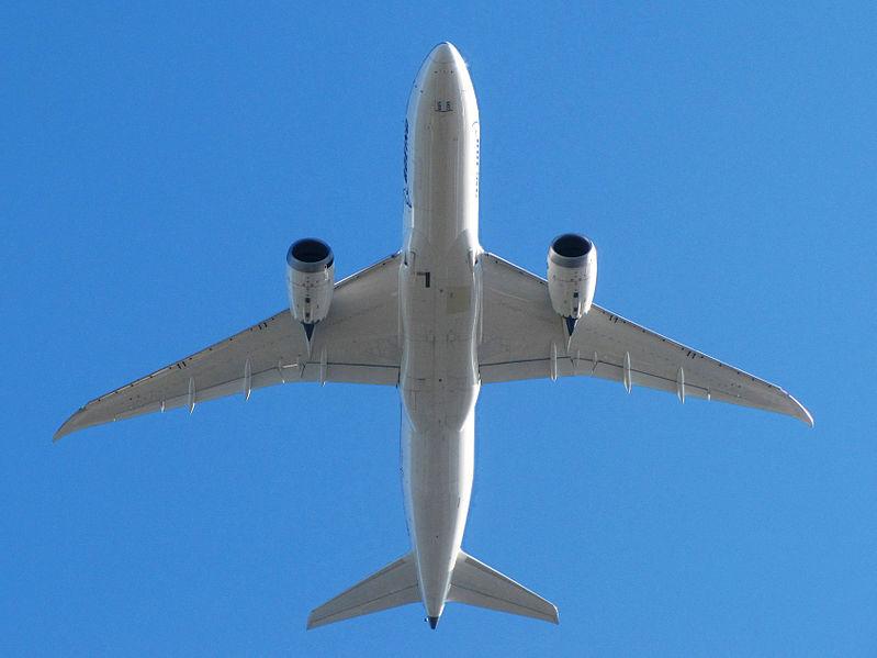File:Boeing 787-8 Dreamliner N787FT KBFI.jpg
