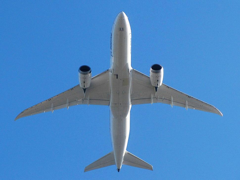 Boeing 787-8 Dreamliner N787FT KBFI