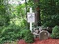 Boston Post Road Milestone 65, Brookfield MA.jpg
